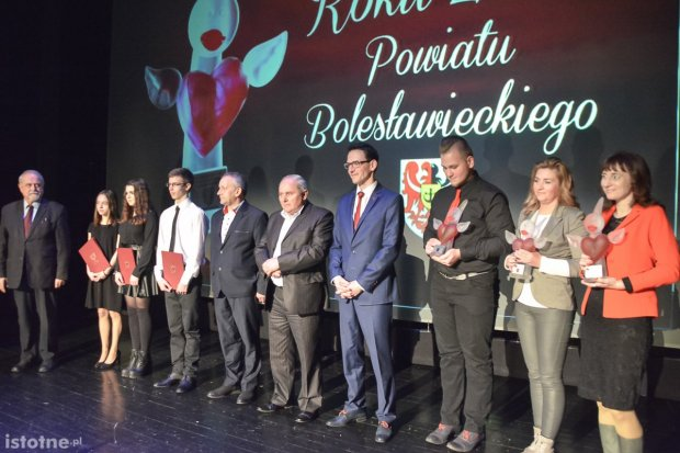 Znamy wolontariuszy roku 2016: Żuromska, Szwed, Niedoszytko i Ziemia Bolesławiecka
