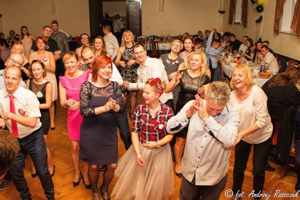 Dyrektor, nauczyciele i uczniowie szkoły w Kruszynie dziękują rodzicom i firmom