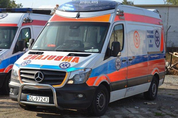 Kolizja w Warcie. Dwie starsze osoby ranne