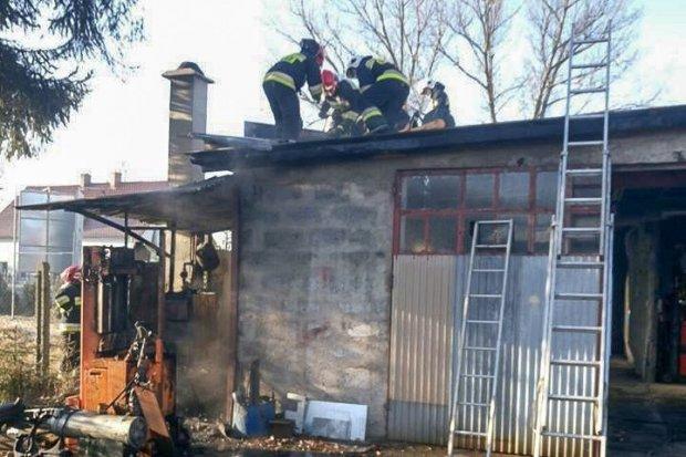 Pożar kotłowni w Łące. Jedna osoba ranna