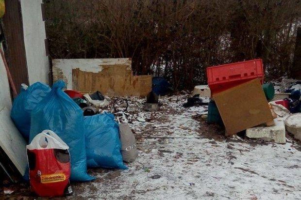 Altanka bezdomnego Pana Jurka spłonęła, wcześniej go okradli