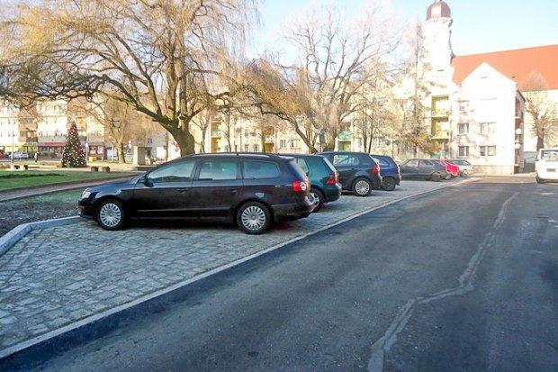 Więcej miejsc do parkowania w centrum miasta