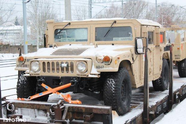 Amerykańskie pojazdy wojskowe przyjechały do Bolesławca