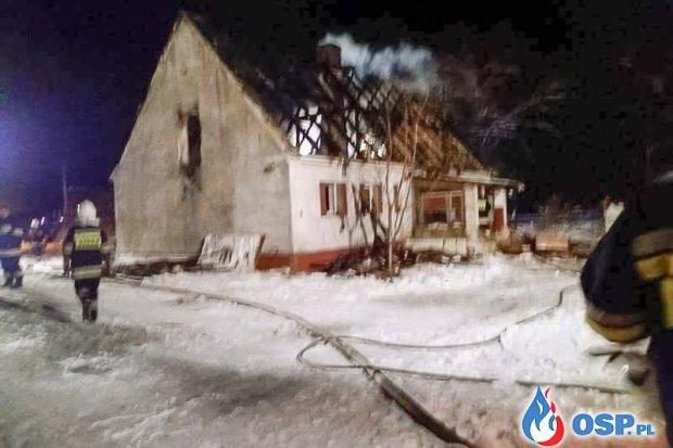 Pożar dachu budynku w Ołoboku