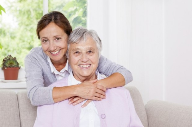 Praca opiekuna osób starszych w Niemczech – dlaczego warto szukać zatrudnienia za granicą?