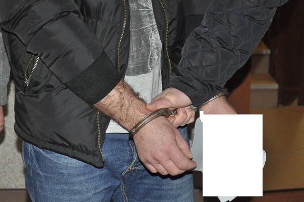 Diler-recydywista w rękach policji. Przechwycono 4,5 tys. porcji narkotyków