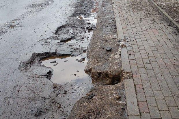 Tragiczna droga przez Ocice, remont może ruszyć w kwietniu