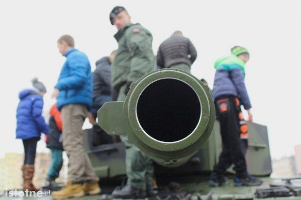 Zobacz relację z pikniku wojskowego w Bolesławcu