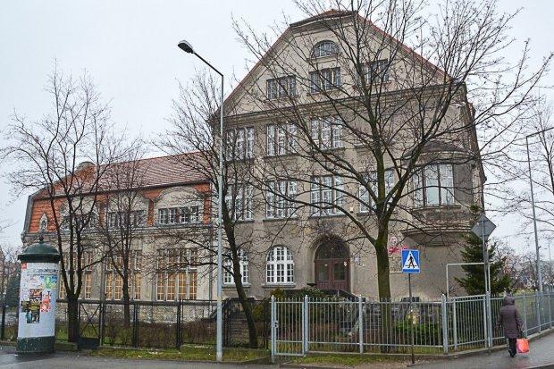 200 tys. zł na kuchnie w powiatowych szkołach