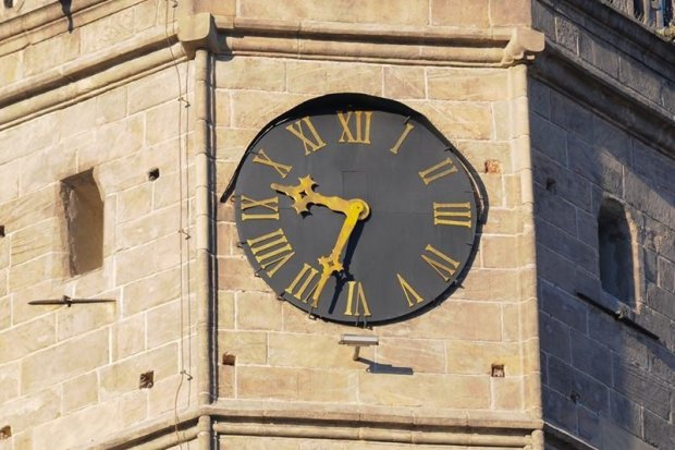 Awaria zegara na wieży bolesławieckiego Ratusza