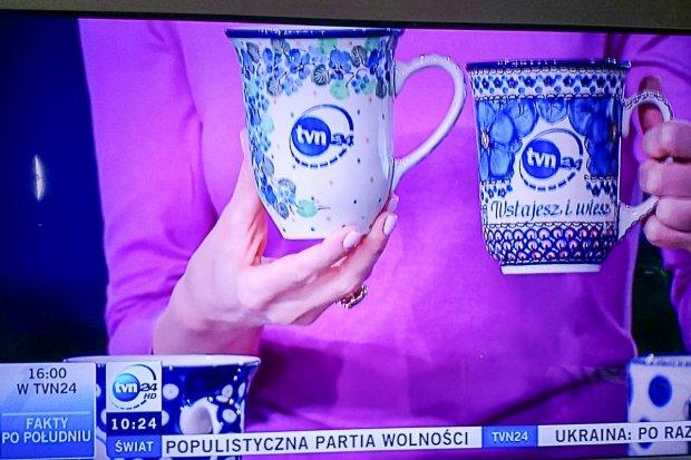Kubki z Ceramiki Artystycznej w TVN-ie. Tak się promuje Bolesławiec!