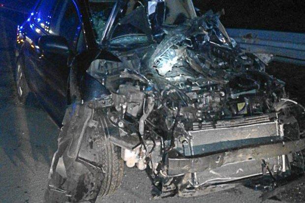 Wypadek na A4: osobówka uderzyła w barierę
