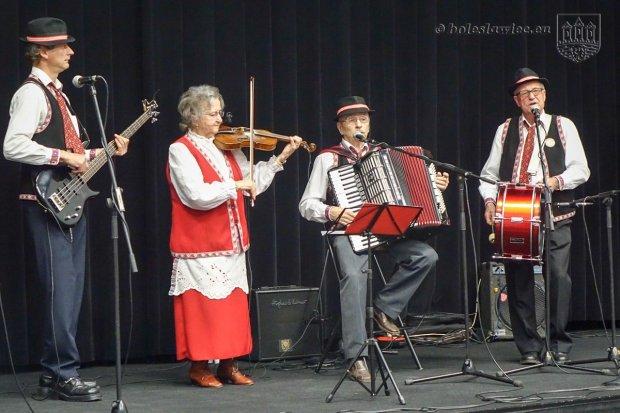 Wieczór z muzyką bałkańską – kultura, tradycje, obyczaje reemigrantów