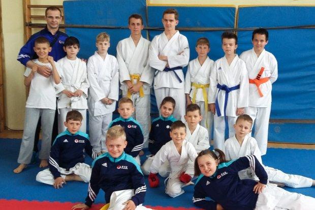 Karatecy TOP Bolesławiec z 12 medalami
