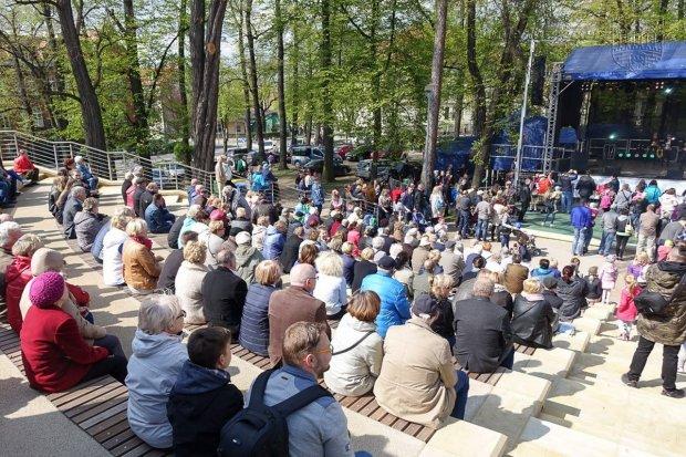 Talenty wokalne w amfiteatrze przy Tyrankiewiczów