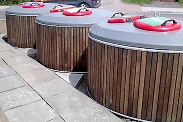 """""""Kosmiczne"""" i wandaloodporne pojemniki na śmieci w Nowogrodźcu"""