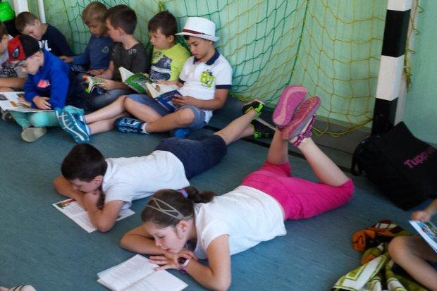 Dzieci czytają, bo lubią w Szkole Podstawowej nr 3