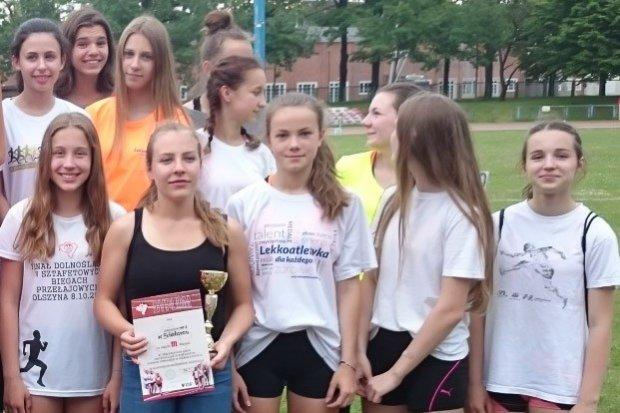 """Lekkoatletki z """"jedynki"""" brązowymi medalistkami"""