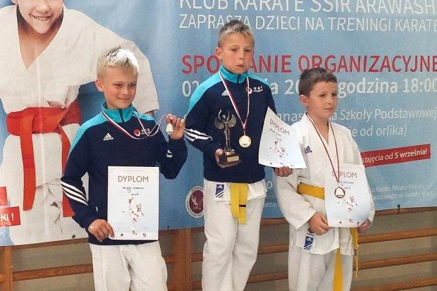 Karatecy TOP Bolesławiec z 14 medalami