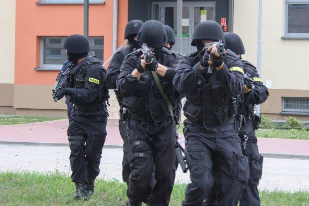 Terroryści w jednostce wojskowej! To na szczęście tylko ćwiczenia