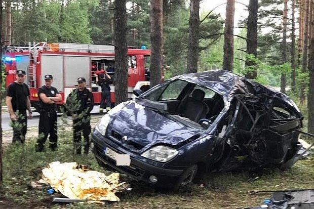 Tragedia koło Przejęsławia – 3 osoby zginęły w wypadku