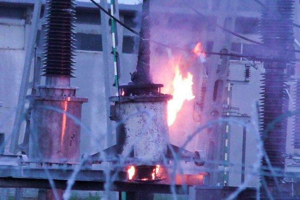 Pożar w rozdzielni prądu koło Kruszyna
