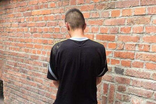 33-latek po piko uciekał kradzionym busem przed policją i Strażą Graniczną