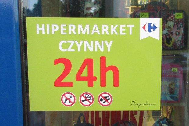 Carrefour czynny 24 godziny na dobę