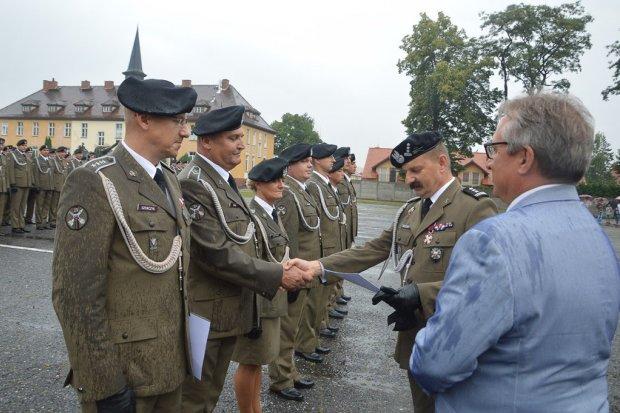 Artylerzyści uczcili Święto WP. Zobacz, kto awansował