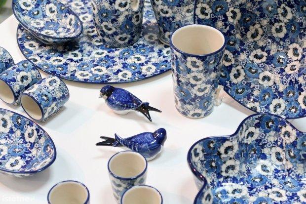 Artystyczna zachwyca, Zakłady Ceramiczne w formie, Manufaktura lakoniczna
