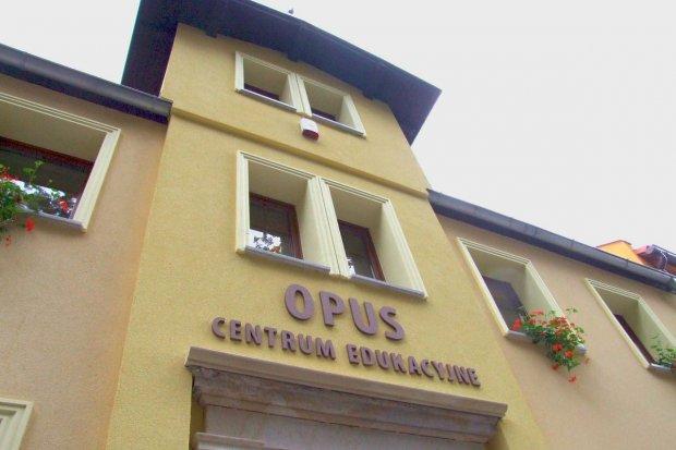 Centrum Edukacyjne OPUS – skuteczność i doświadczenie