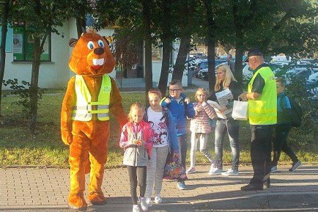Strażnik Bóbr dba o bezpieczeństwo dzieci i młodzieży