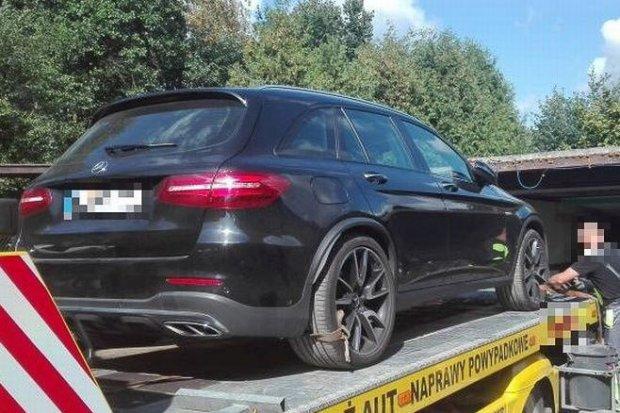 Odzyskali skradzione w Niemczech auto. Jest warte ponad 350 tys. zł