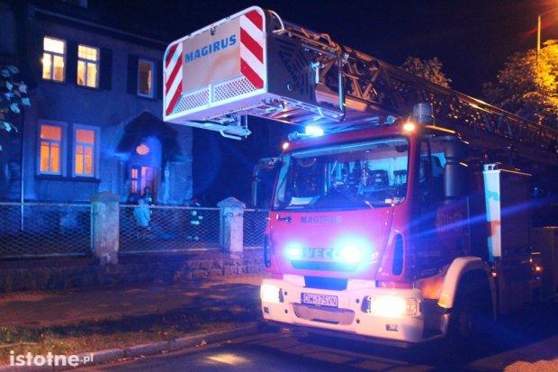 Akcja straży pożarnej w budynku przy Willowej