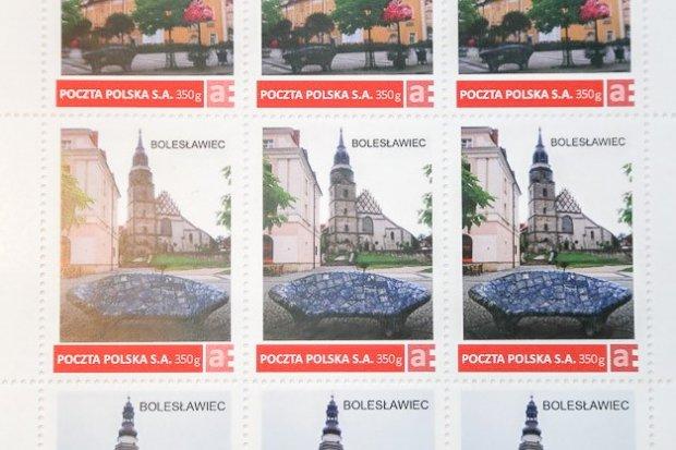 Ceramiczna ławka na znaczkach Poczty Polskiej!