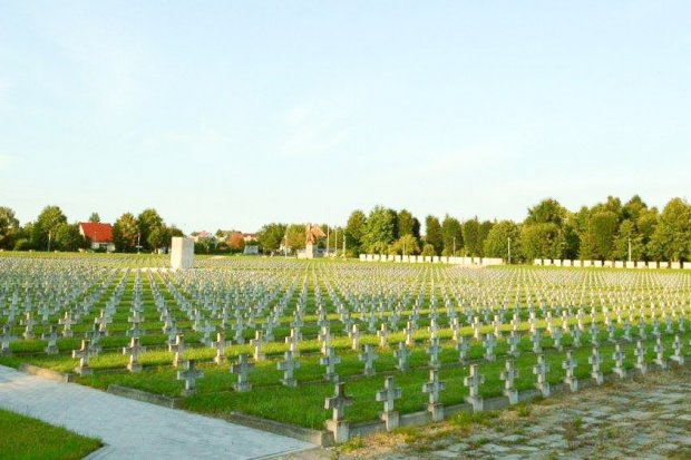 60 tys. zł dotacji na remont cmentarza wojskowego