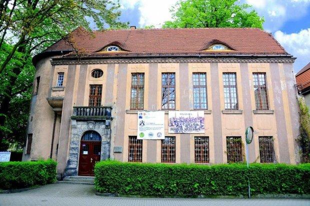 100 tys. zł dla Muzeum Ceramiki w Bolesławcu!