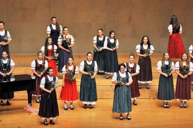 Chór dziewczęcy Pro Musica w bolesławieckiej bazylice