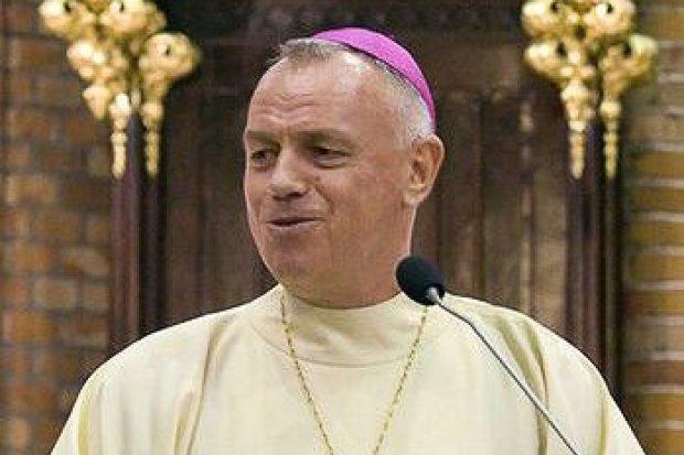 Obrońcy księdza kulturysty, napiszcie list do biskupa