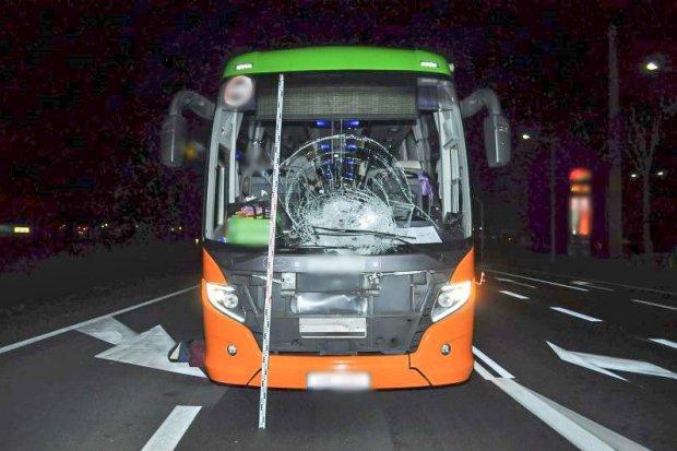 Dwa ciężkie wypadki jednego dnia. 30-latek zginął, 2 rowerzystki ranne