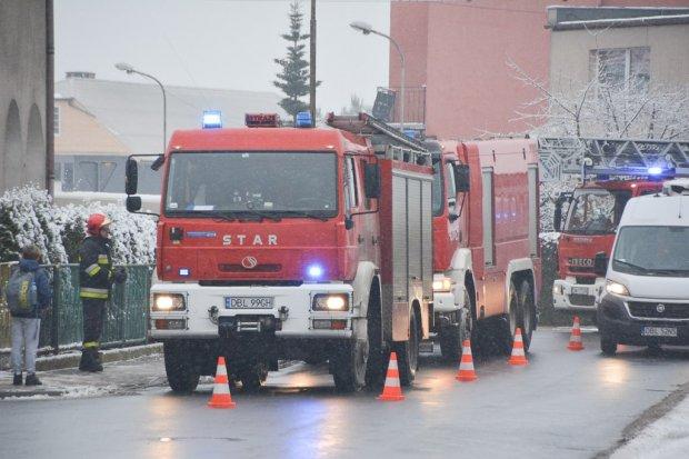 Potężny wybuch na Dolnych Młynach w Bolesławcu – 4 osoby ranne