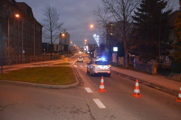 Karola Miarki: Potrącił kobietę i uciekł. 74-latkowi grozi do 4,5 roku więzienia