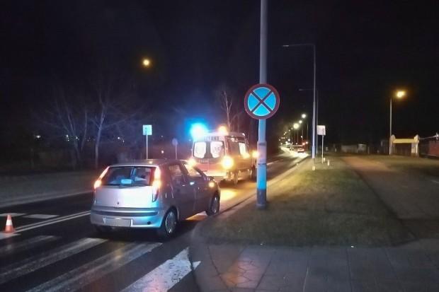 Kierowca Fiata potrącił kobietę na pasach