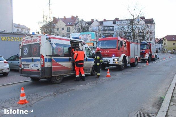 Zderzenie trzech samochodów na Kubika – dwie osoby ranne