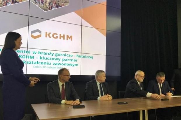 """KGHM: patronat nad górniczymi klasami w """"Mechaniku"""""""