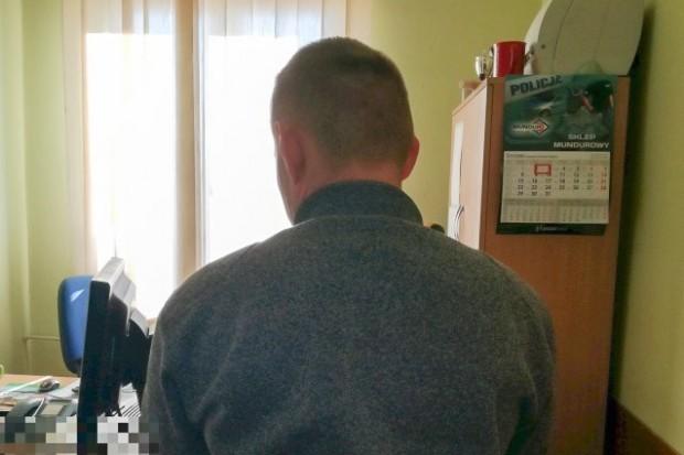 Znalazł kartę bankomatową i użył jej 9 razy. Grozi mu do 10 lat więzienia