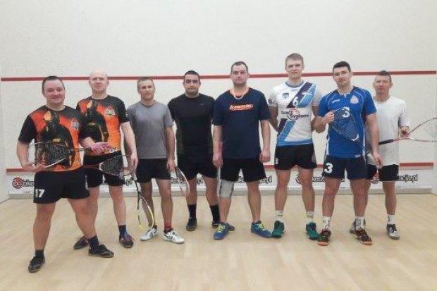 Bolesławieccy strażacy wymiatają w squasha