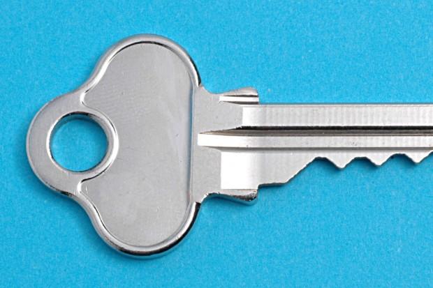 Dorobił klucz do mieszkania sąsiada i go okradł