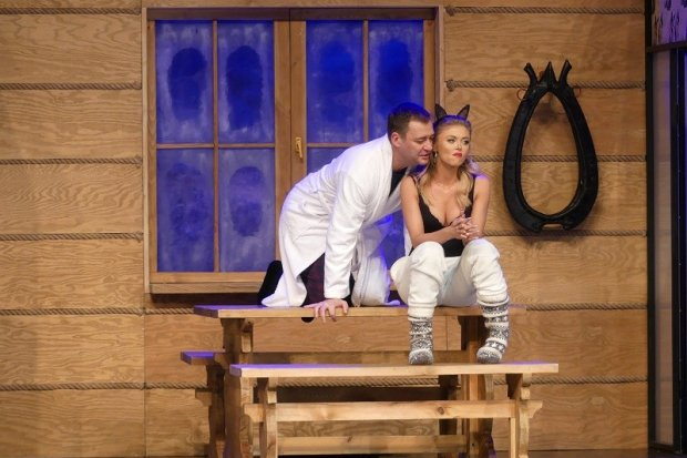 Spektakl Teatru KAMIENICA z Warszawy w reżyserii Emiliana Kamińskiego!
