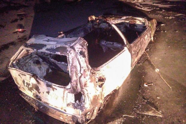 Spalili auto. Wandalom może grozić do 5 lat więzienia
